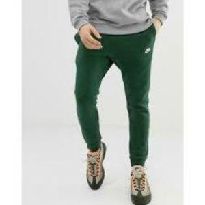 Nike Club Green Fleece Joggers Size XL